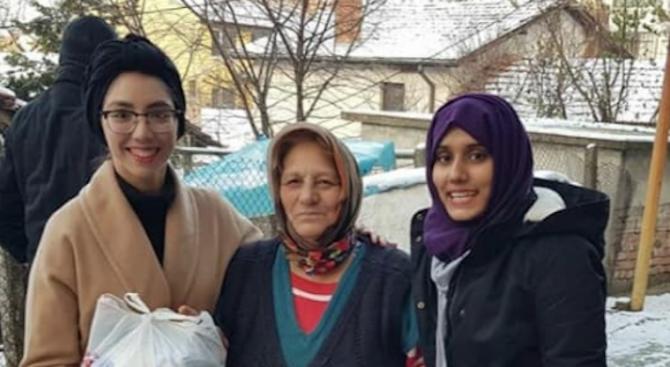 Чуждестранни студенти от МУ-Плевен с кампания в подкрепа на възрастни хора