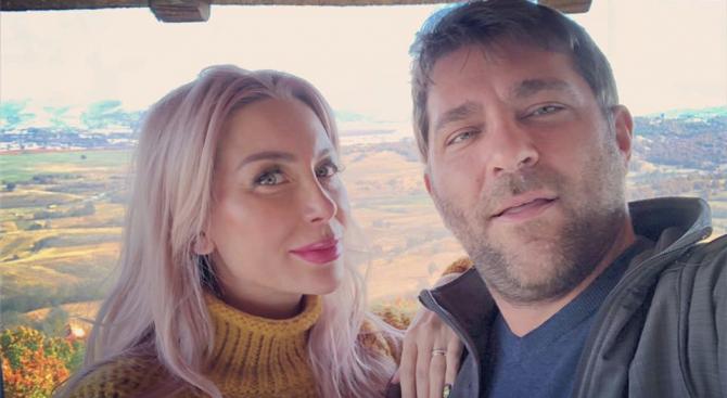 Антония Петрова се раздира от ревност, следва мъжа си навсякъде