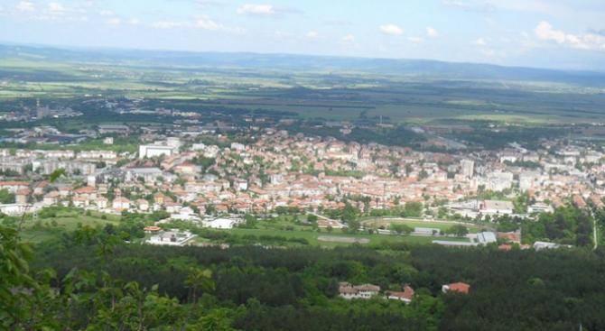 В Горна Оряховица са дишали наднормено запрашен въздух 100 дни през тази година