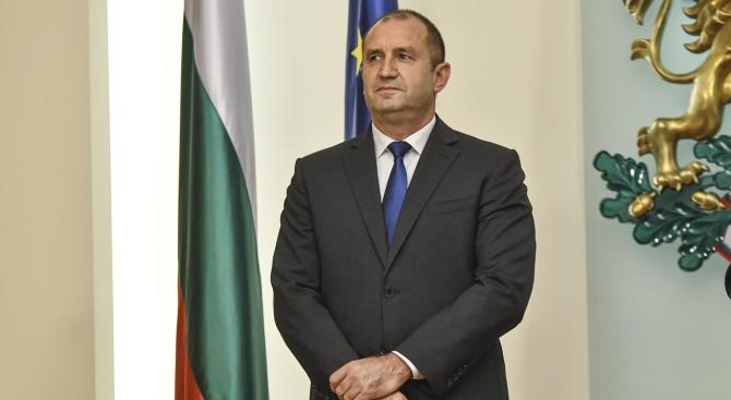 Президентът Радев даде бюджета на Конституционния съд