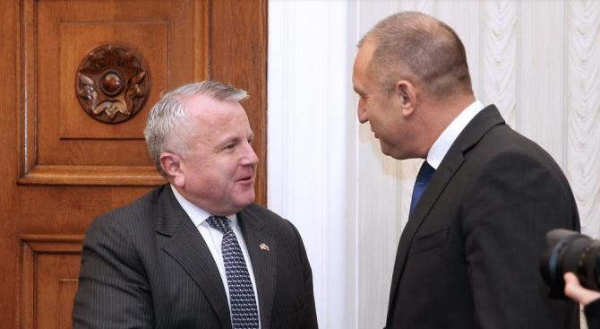 Румен Радев се срещна със заместник-държавния секретар на САЩ Джон Съливан