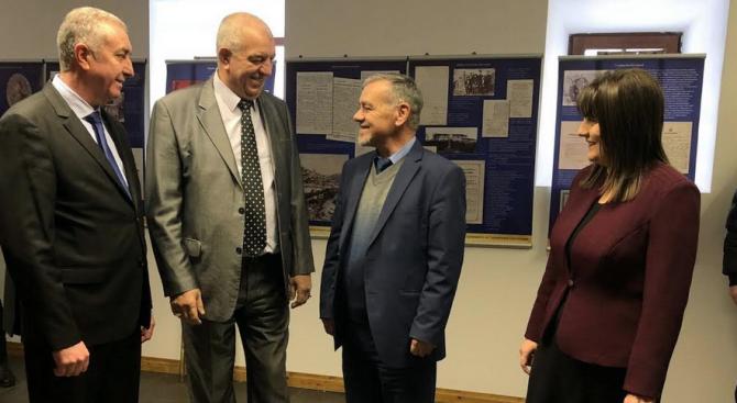 Владимир Тошев откри във Видин изложба, посветена на Учредителното събрание и Търновската конституция