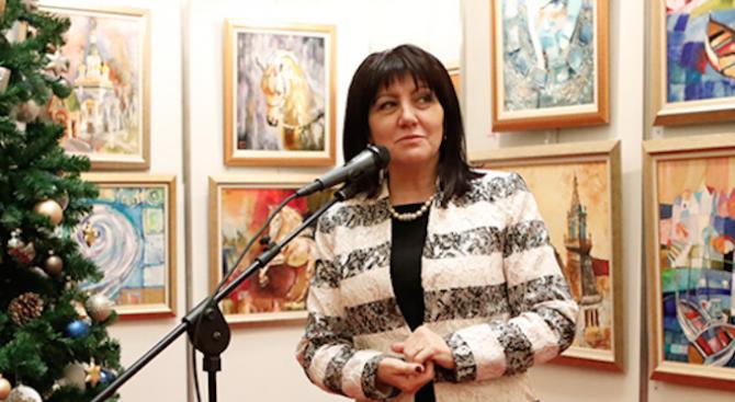 Караянчева откри изложба в Народното събрание на български художници и деца таланти