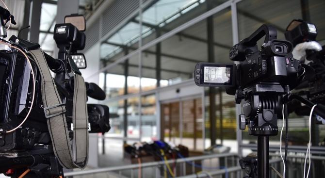 Сръбската опозиция иска достъп до държавната телевизия