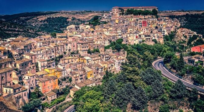 Земетресение с магнитуд 4,9 в Сицилия