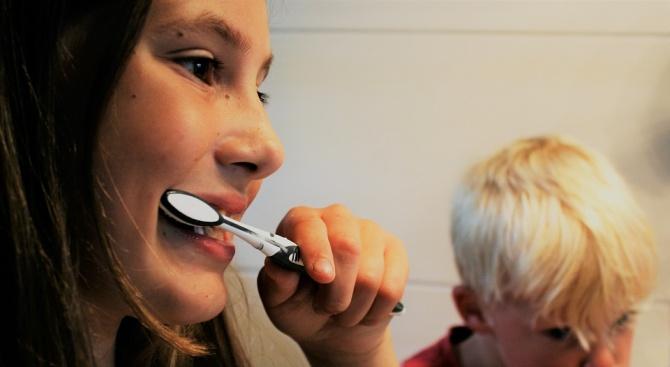 300 деца от Разградско са обхванати в кампанията за силанизиране на зъбите