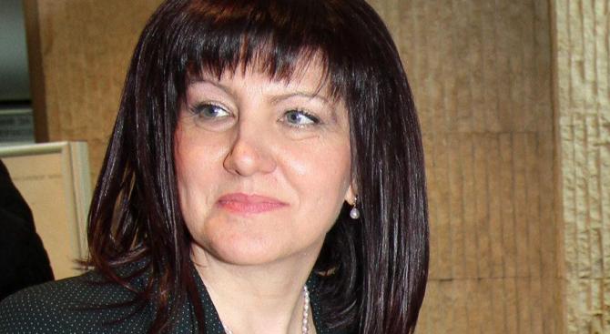 Караянчева: Пожелавам през новата 2019 г. да опазим този наш земетръсен Балкански Вавилон, който дедите ни са завещали да обитаваме