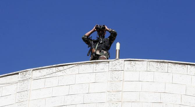 Петима мъже нападнаха офиса на Палестинската телевизия в Газа