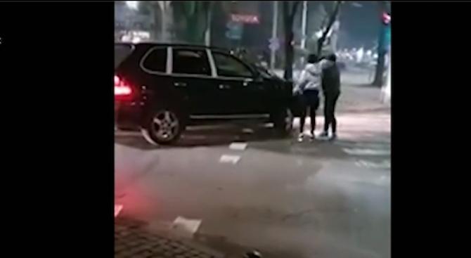 Жена ошамари мъж след засичане на ключово кръстовище в Русе