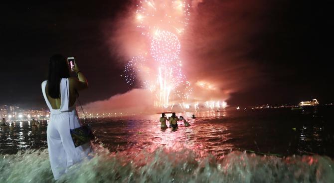 2000 полицаи ще се грижат за сигурността на Нова година на плажа Копакабана