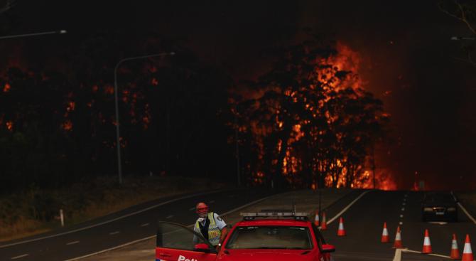Баща и син загинаха при пожарите в Австралия