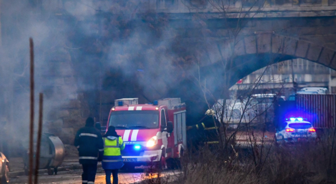 Трима са в болница след пожара в психодиспансера в София, местят пациентите на 2 лечебни заведения