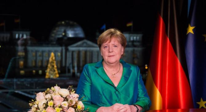 Ангела Меркел призова за спешни мерки срещу климатичните промени
