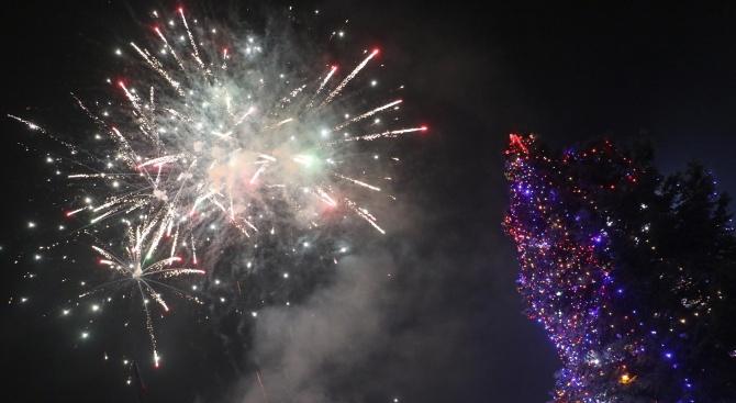Концерт, лазерно шоу и ледени скулптури в новогодишната нощ във Варна