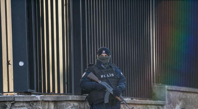 Турските сили за сигурност откриха близо 200 кг експлозиви в нива