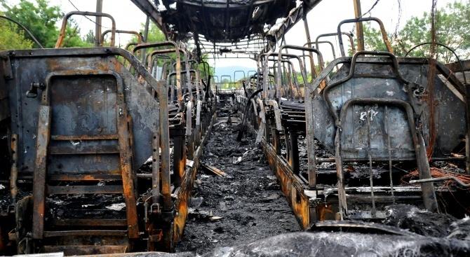 Два автобуса са изгорели в Орландовци