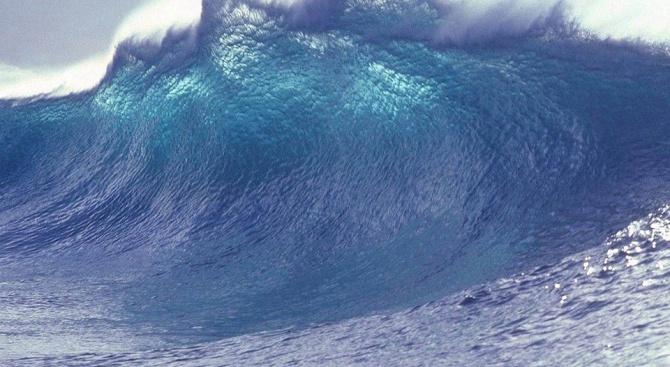 Геофизици пресъздадоха гигантското цунами от метеорита, погубил динозаврите
