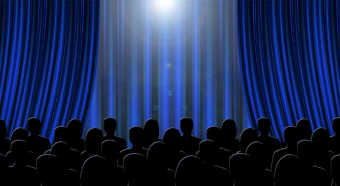 Парижки театър представя изцяло нудистки спектакъл