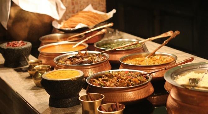 Ресторант в Дубай глобява клиентите, ако не си изяждат всичко