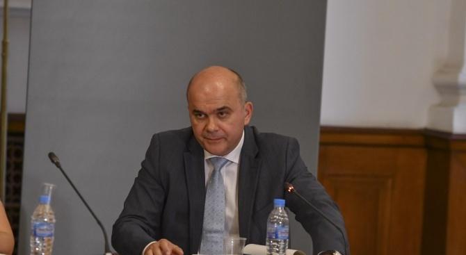 Бисер Петков е готов да предложи отново ТЕЛК-овете да се дават от комисия към НОИ