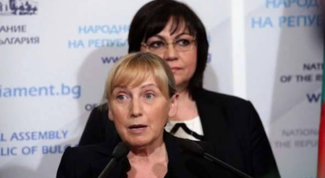 Нинова: Стоя твърдо зад Елена Йончева и я подкрепям в желанието ѝ да търси истината
