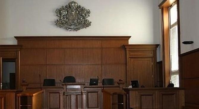 Мъж отива на съд за фалшив сигнал на телефон 112 и съпротива срещу полицай