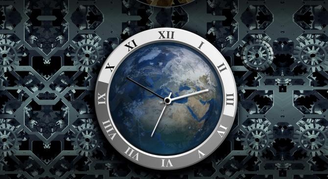 Часовникът на Страшния съд продължава да показва само 2 минути до полунощ