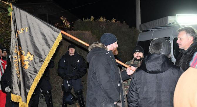 Преустановяват временно протестите във Войводиново