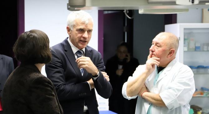 Проф. Валтер Клепетко посети ВМА (снимки)