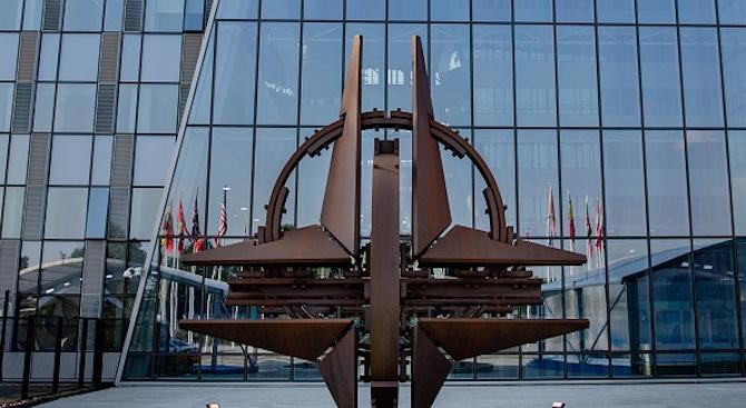 НАТО: Очакваме бъдещото присъединяване на Северна Македония към алианса