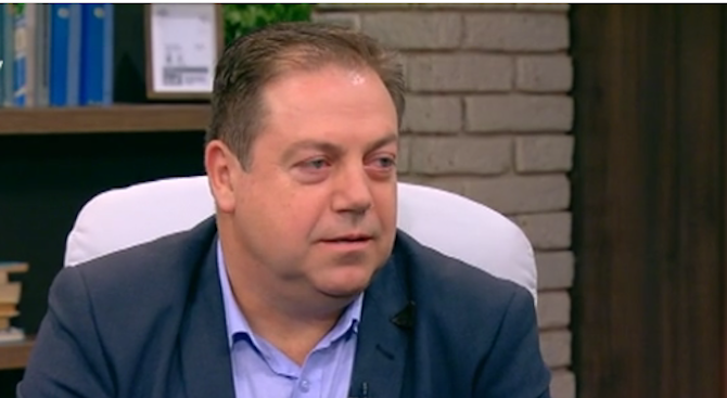 Председателят на БЛС за починалото бебе в Плевен: Какво ще постигнем, ако предварително разпнем един колега?