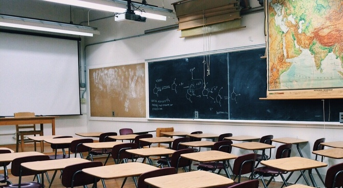 Въвеждат едносменен режим на обучение в Пловдив