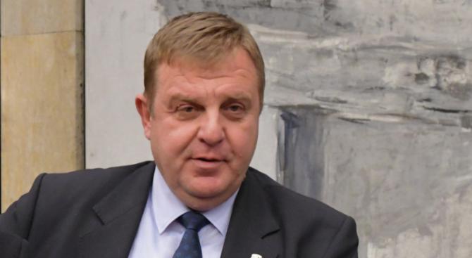 Каракачанов информира министъра на отбраната на Швеция за започването на преговори с правителството на САЩ за нов самолет F-16