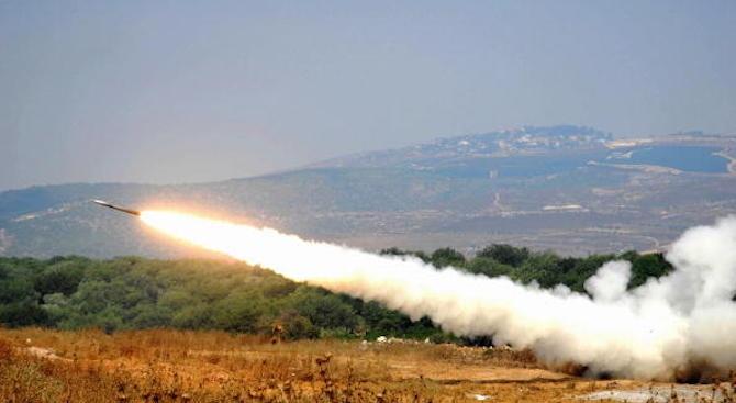 Иран тества успешно нова крилата ракета (видео)