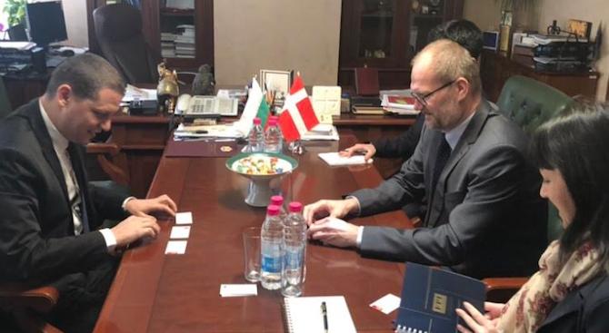 Илиан Тодоров се срещна с посланика на Кралство Дания