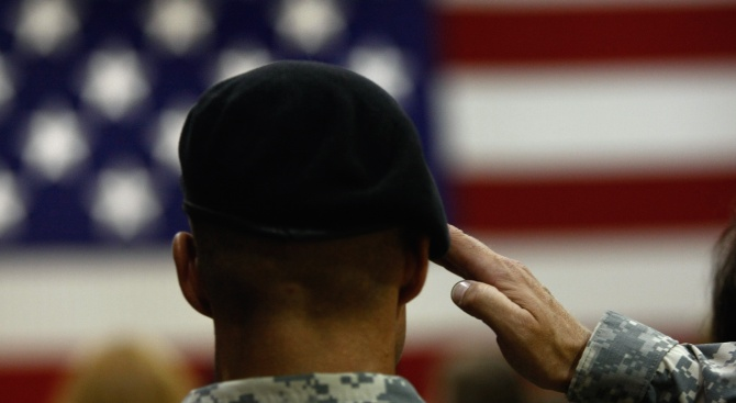 Армията на САЩ готова дазащити американските дипломативъв Венецуела