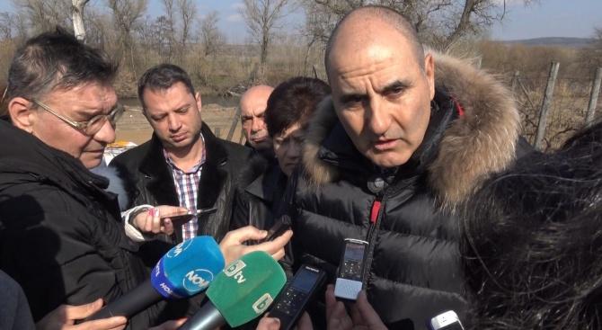 Цветанов: Социалните помощи трябва да се обвържат с насрещната ангажираност на ромите