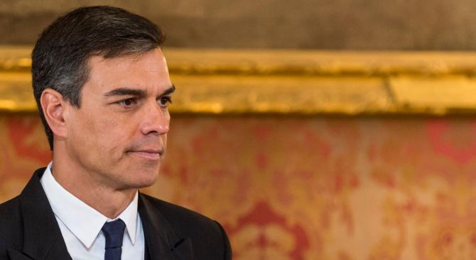 Испанската десница организира протест в Мадрид, иска оставката на премиера социалистПедро Санчес