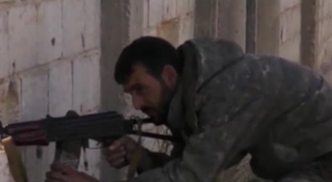 """Сирийската армия среща сериозен отпор в последния бастион на """"Ислямска държава"""""""