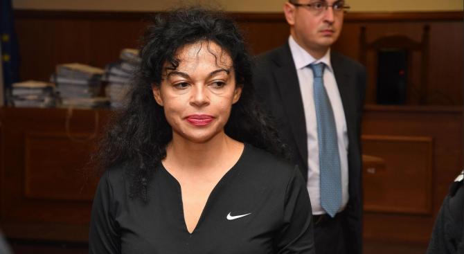 Спецсъдът остави в ареста Евгения Банева