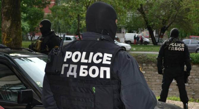 Мащабна спецакция на ГДБОП и ДАНС в Благоевград