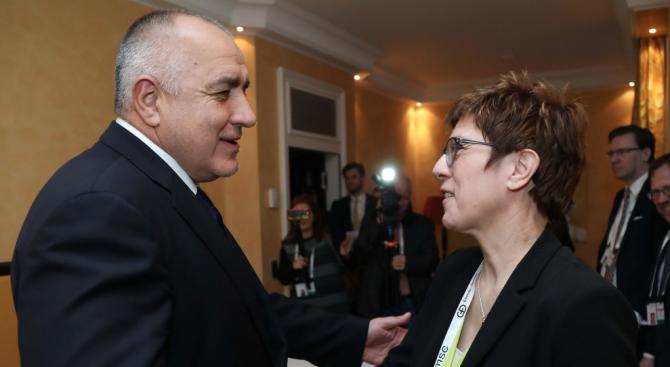 Борисов се срещна с председателя на ХДС Анегрет Крамп-Каренбауер