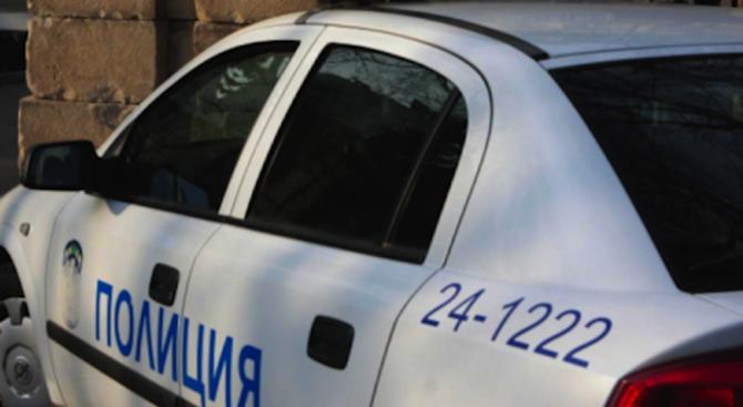 Пиян младеж катастрофира при опит да избяга от полицията