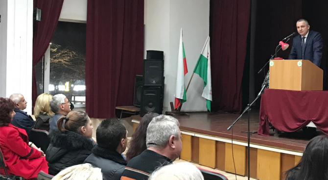 """Иван Портних в район """"Одесос"""":  Завършваме мащабните проекти във Варна до края на април"""