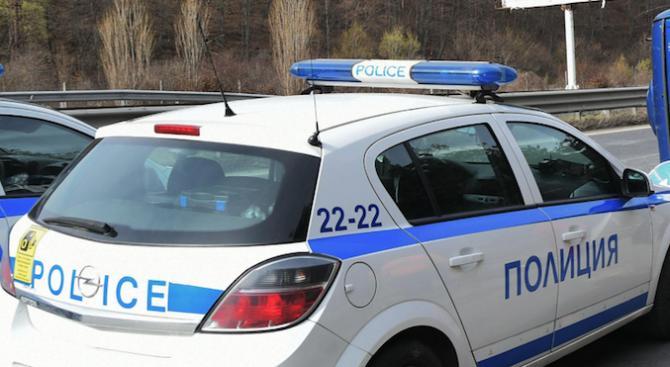 Полицията разби мобилна лаборатория за синтетична дрога