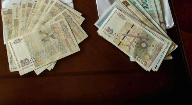 Експерти: Ако сметки на клиенти са източени по вина на банката, тя е длъжна да възстанови парите
