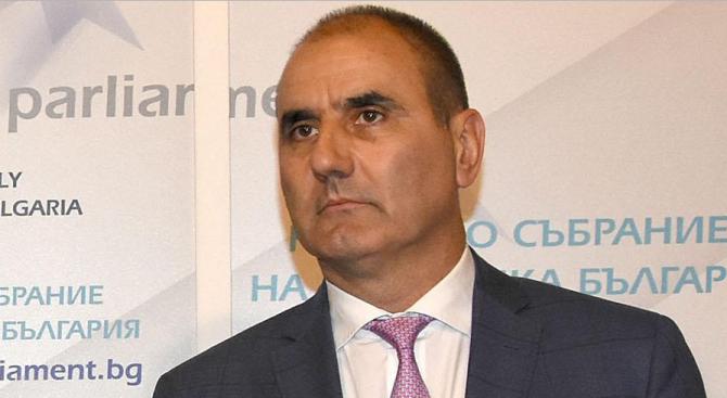 Цветан Цветанов: Нинова отново тиражира лъжи и фалшиви новини