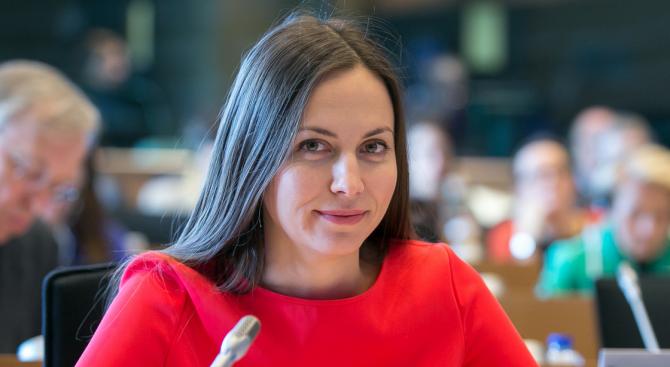 Ева Майдел: Улесняваме механизма за рекламация при он-лайн покупки