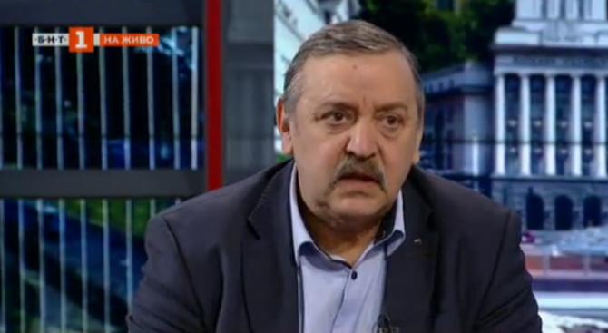 Проф. Кантарджиев: Няма да допуснем епидемия от морбили