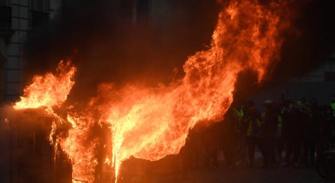 Северна Корсика пламна